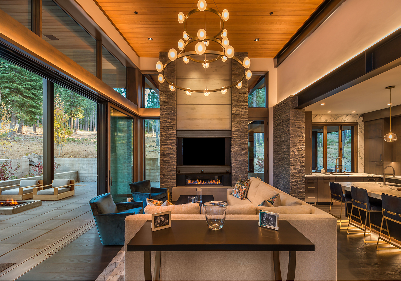 Lot 646_Living Room_Weiland doors_Fireplace_Int Metal_Int Masonry.jpg