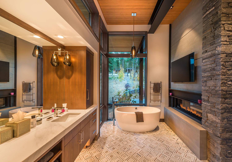 Lot 646_Master Bath_Freestanding Tub_Fireplace_Tile Floor.jpg