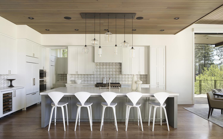 Lot 188_Kitchen_Custom Cabinetry_Island_Tile Backsplash.jpg