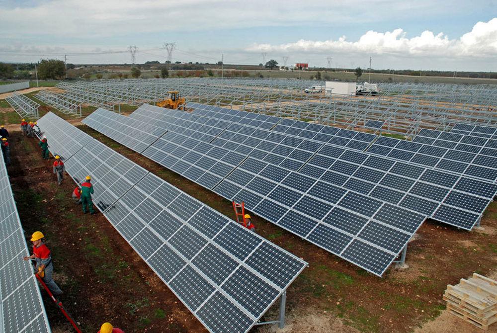 campo-fotovoltaico-turi-2.jpg