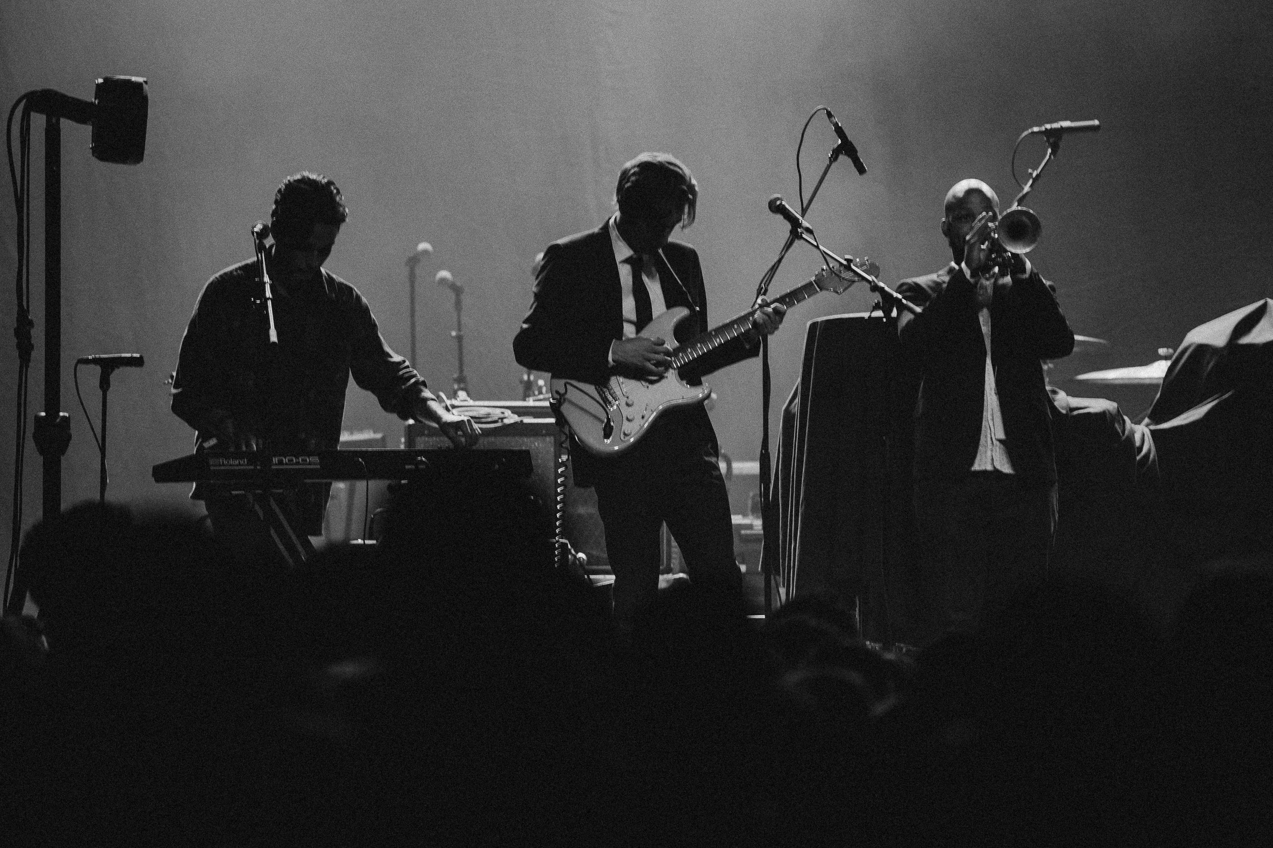The-Marias-Band-Bad-Suns-Fonda-Theatre-12-min.jpg