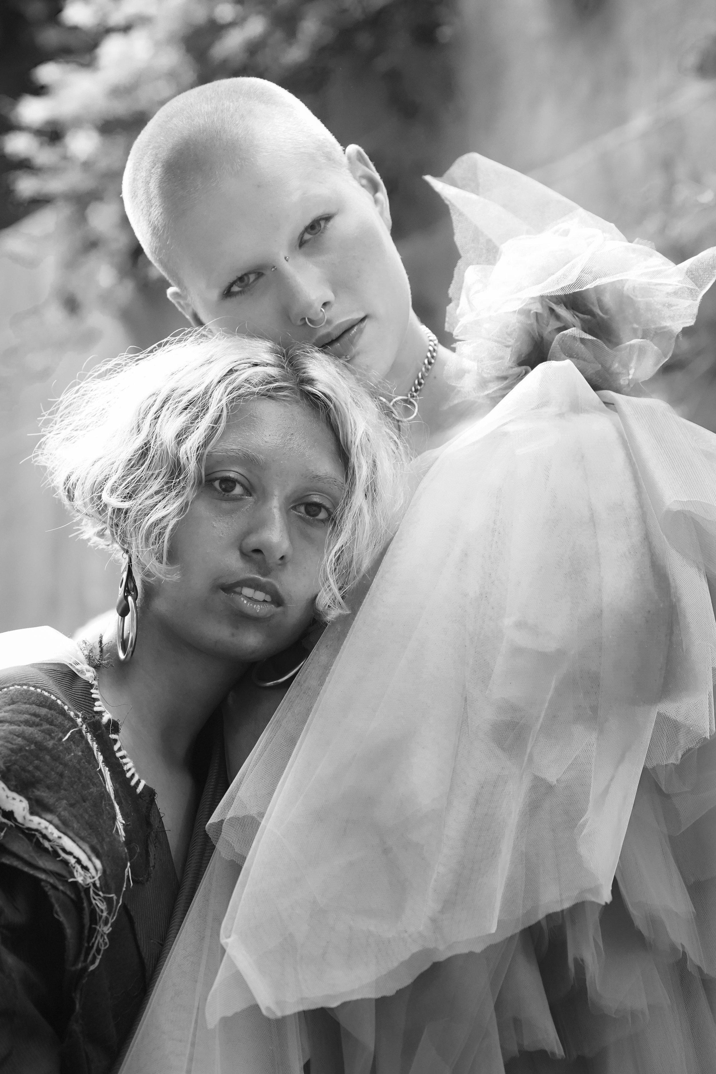 models-backstage-at-menyelek-ss19