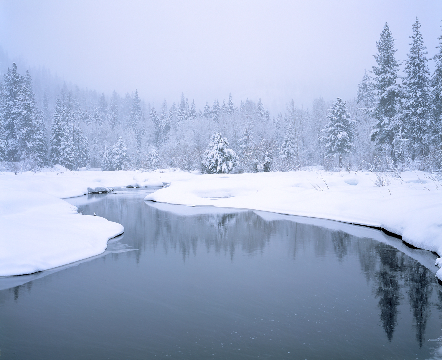 Truckee River, Snowing