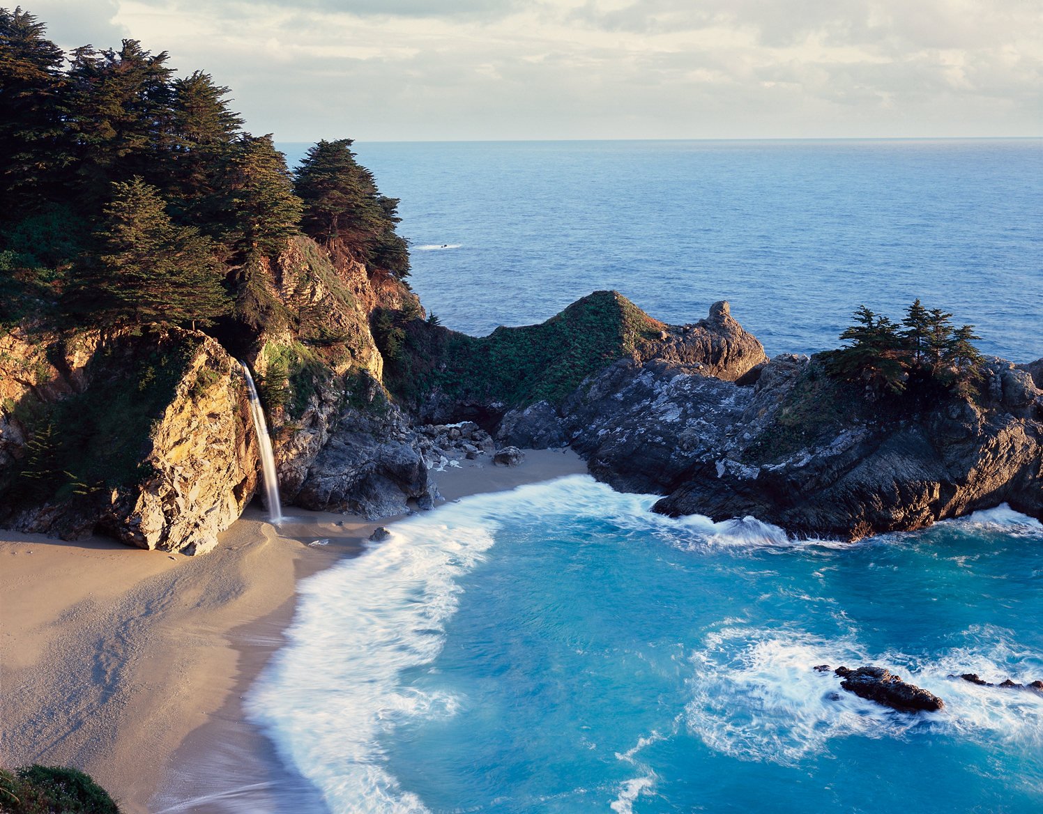 McWay Falls, Julia Pfeiffer Burns State Park, Big Sur, California