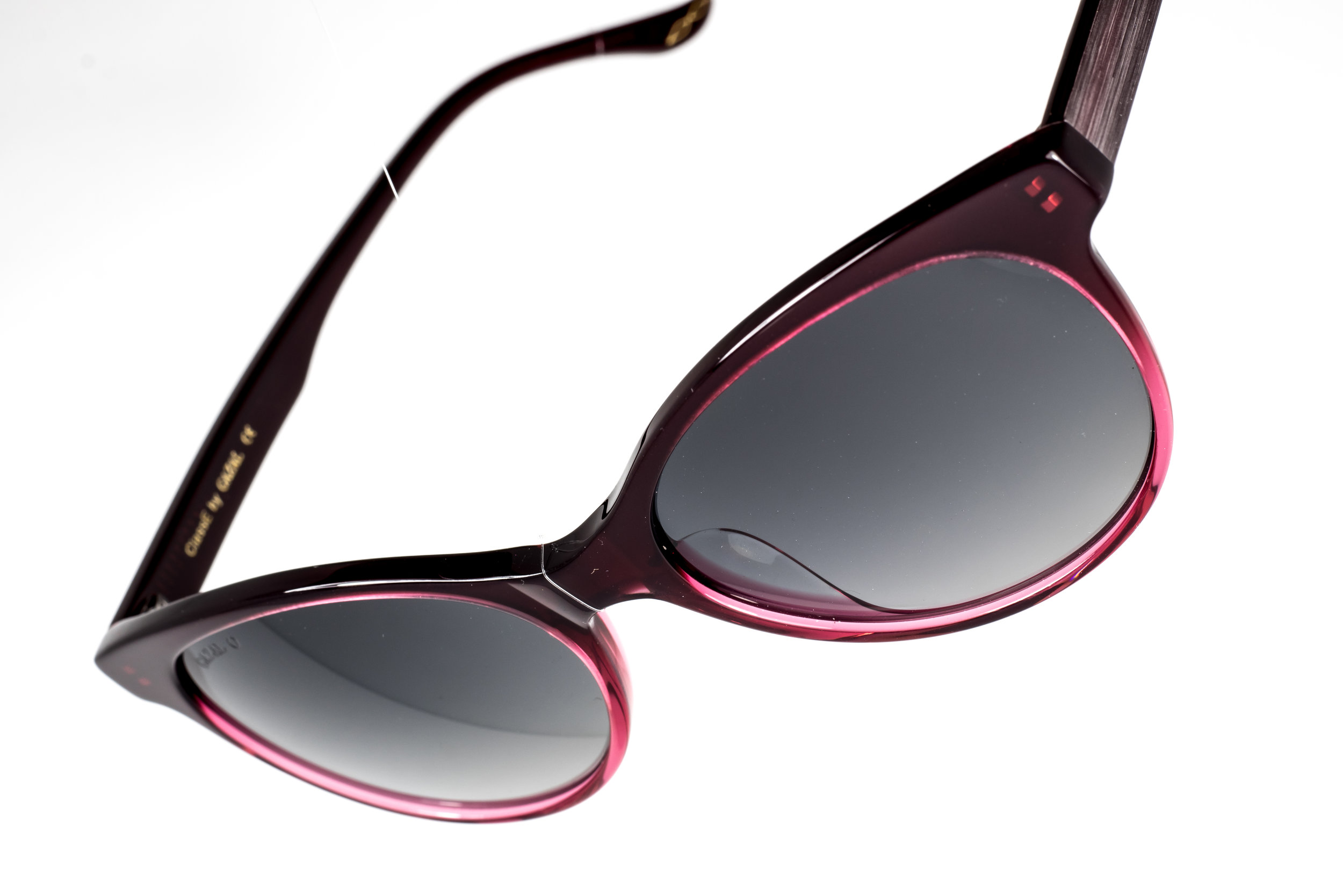 ClassE - Get Classy with these red gradient sunglasses by Gazal Eyewear.