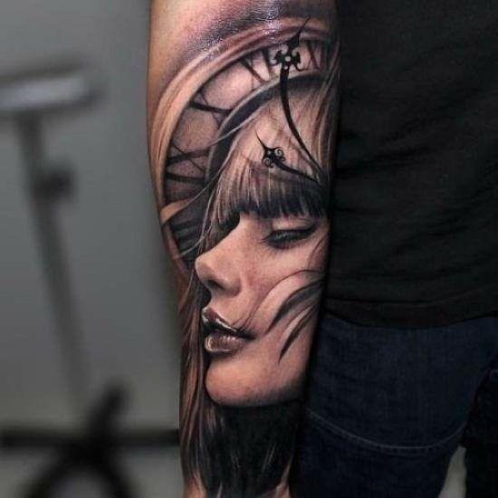 Adelais' tattoo
