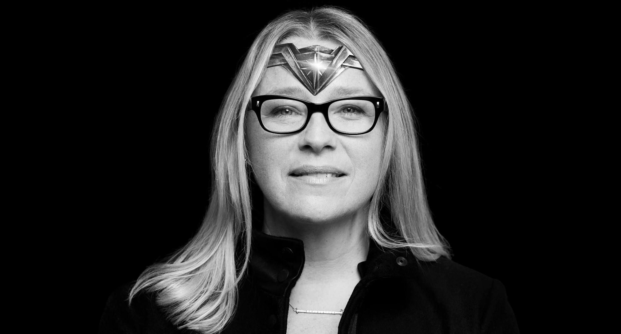 Heather Donaldson aka Lady Honor takes over Hollywood