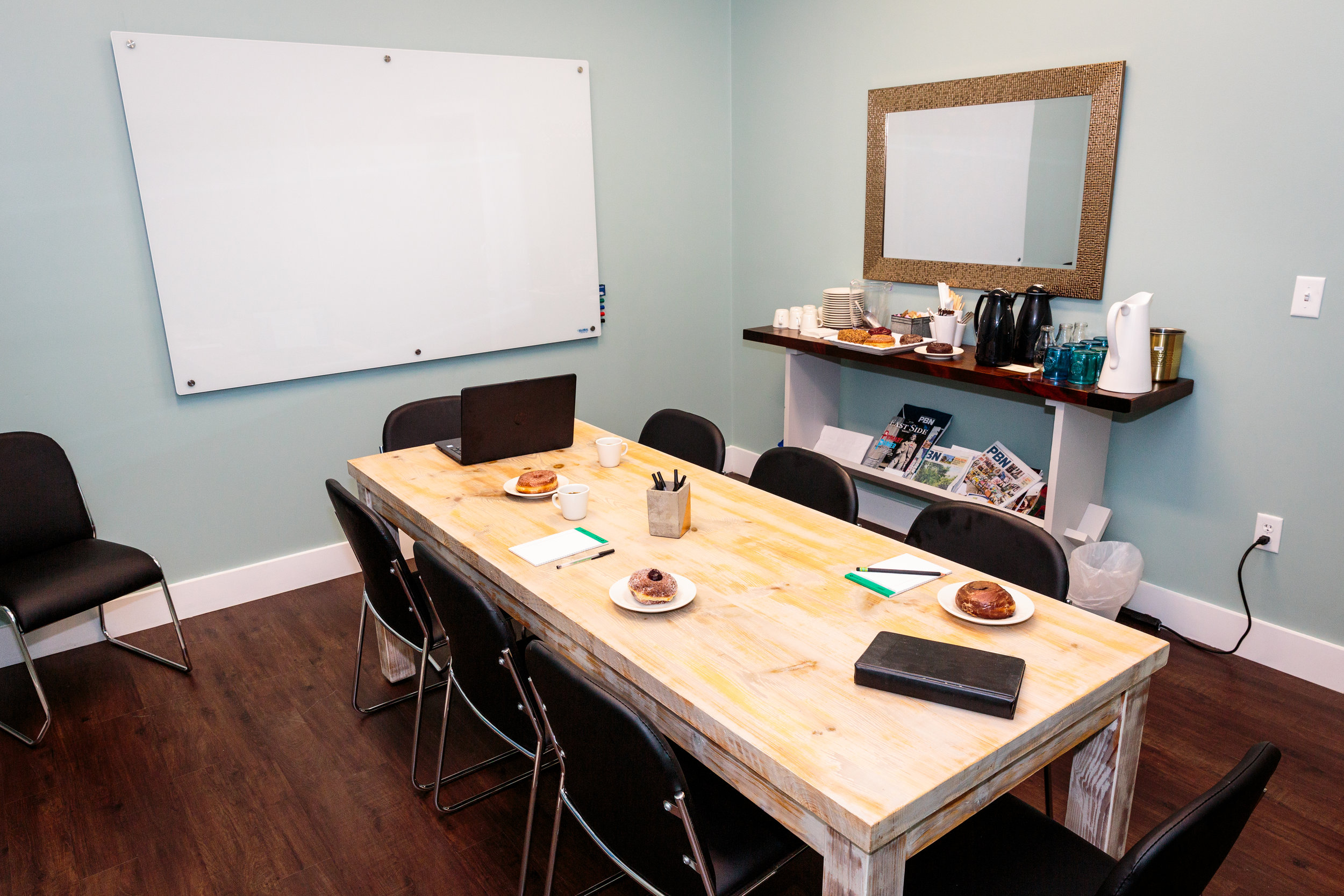 Work meetings, special events, or any time you need a private room in a comfortable, relaxed environment, Knead has it