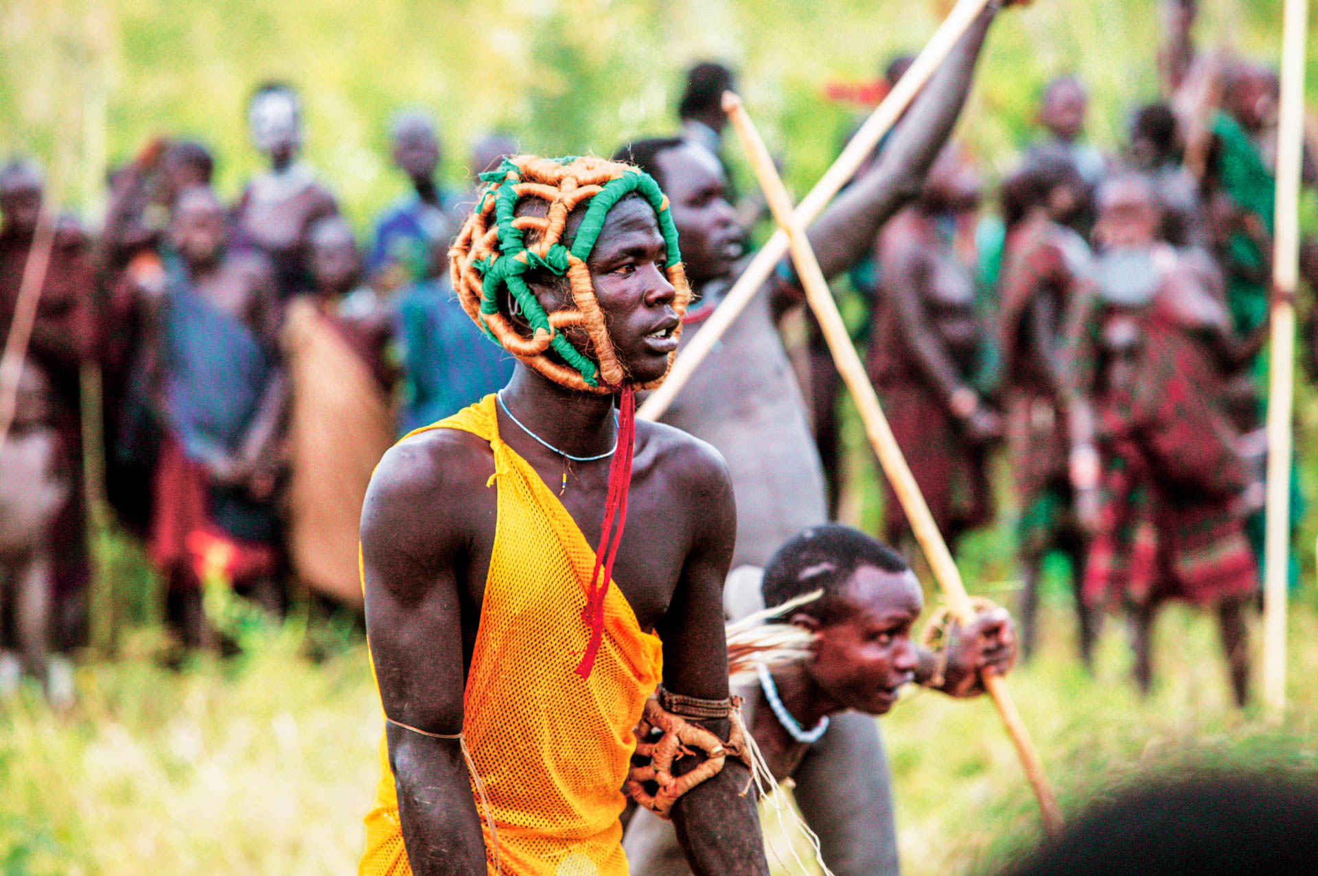 The Donga: one of the contenders gets ready for the duel.