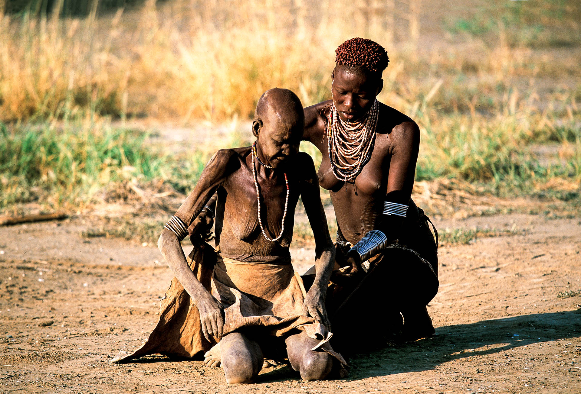 Karo region: the young women are usually entrusted with caring for the elderly members of their group.