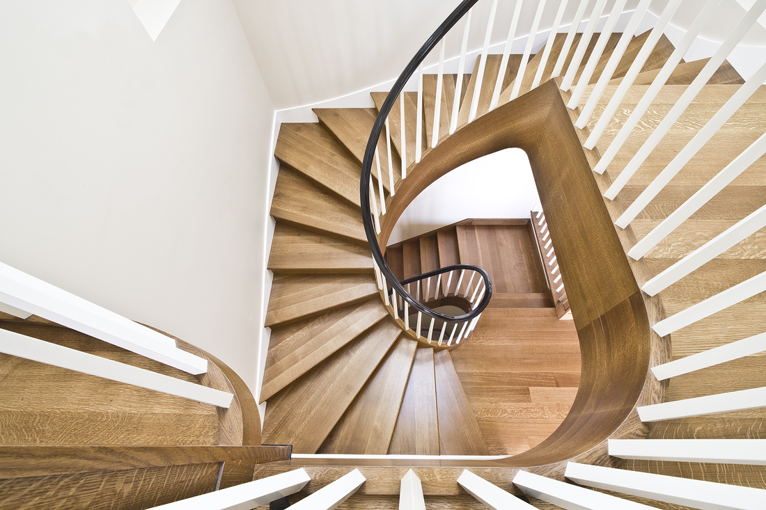 Consistent run super-winder stair.