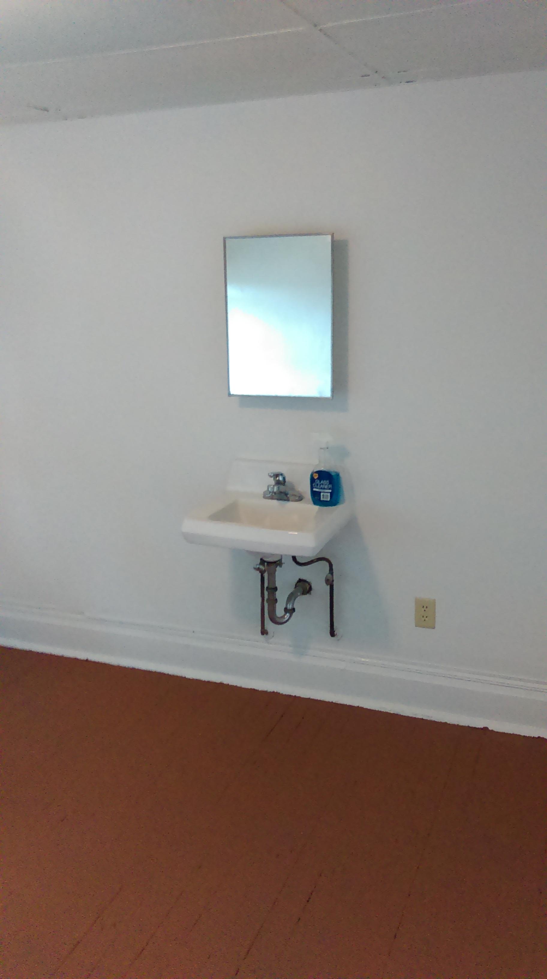 Janzen Room #3-10 IMAG0591.jpg