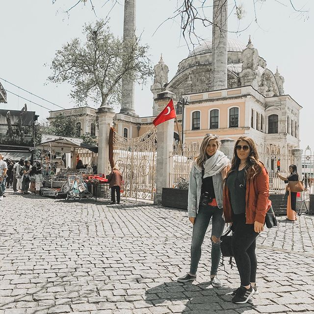May 2, 2019- I was given the opportunity to travel with my sister (and colleague) @kaysecadena to speak at an event in Istanbul, Turkey. We were hosted by @unibogazici and taken around to eat traditional meals, see many historic places, and stayed right on the water. The people we met were so nice, and the students were all very ambitious and talented. It is truly incredible to get to know people from all over the world and be met with such kindness and curiosity.  I encourage everyone to travel and to do it with the people you love. Memories are more fun when they can be shared. ✈️🗺👯♀️ — Thank you @bussplus and @unibogazici for having us. See you again soon! — #riseofcontent #bellivy #travelandlearn #istanbul #booktour #peopleareawesome #bellivy2019