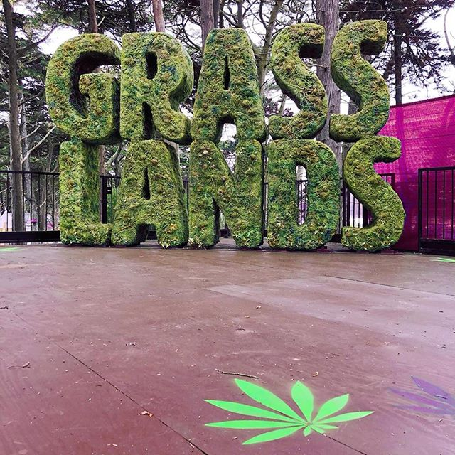#Repost @highland.events: We are excited to officially begin the 3 day count down for #GrassLands!! Last year, #OutsideLands made history by transforming the area South of the Polo Field into Grass Lands, the first curated cannabis experience at a major American music festival. WE ARE BACK for the second annual Grass Lands presented by Eaze at Outside Lands—a curated cannabis experience located in SoPo (South of the Polo Field). Grass Lands spotlights the celebration, education, and integration of cannabis products into daily life. We invite you to stop by and explore interactive activities, live music, talks and more. Grass Lands is a 21+ experience. Click on our bio for more info!!! • • • #Outsidelands #OLgrasslands #sanfransisco #cannibuscommunity #cannibusculture #cannabis #olgrasslands #sfbay #musicfestival #musicfest #weedmusic #fueledbythc #420culture  #weedcommunity #cannalove #cannagirls #cannawomen #weedandwomen #womenincannibus #womenofcannibus #cannibusinfluencer #bayarea #sf #california #welit