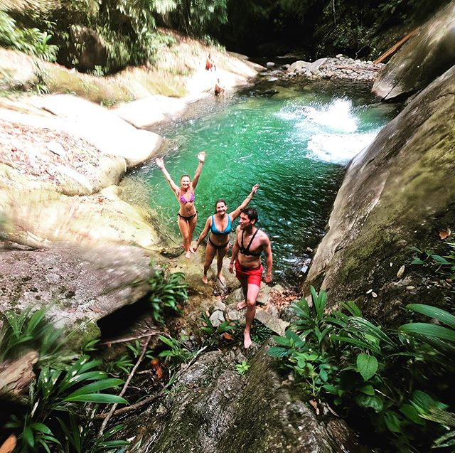 Greetings from San Carlos!😎 #haveaniceweekend #adventure #sancarlos #backpackingcolombia #learningspanish #experiencetherealcolombia #waterfall #liveyourlife #beautifulnature #naturelovers