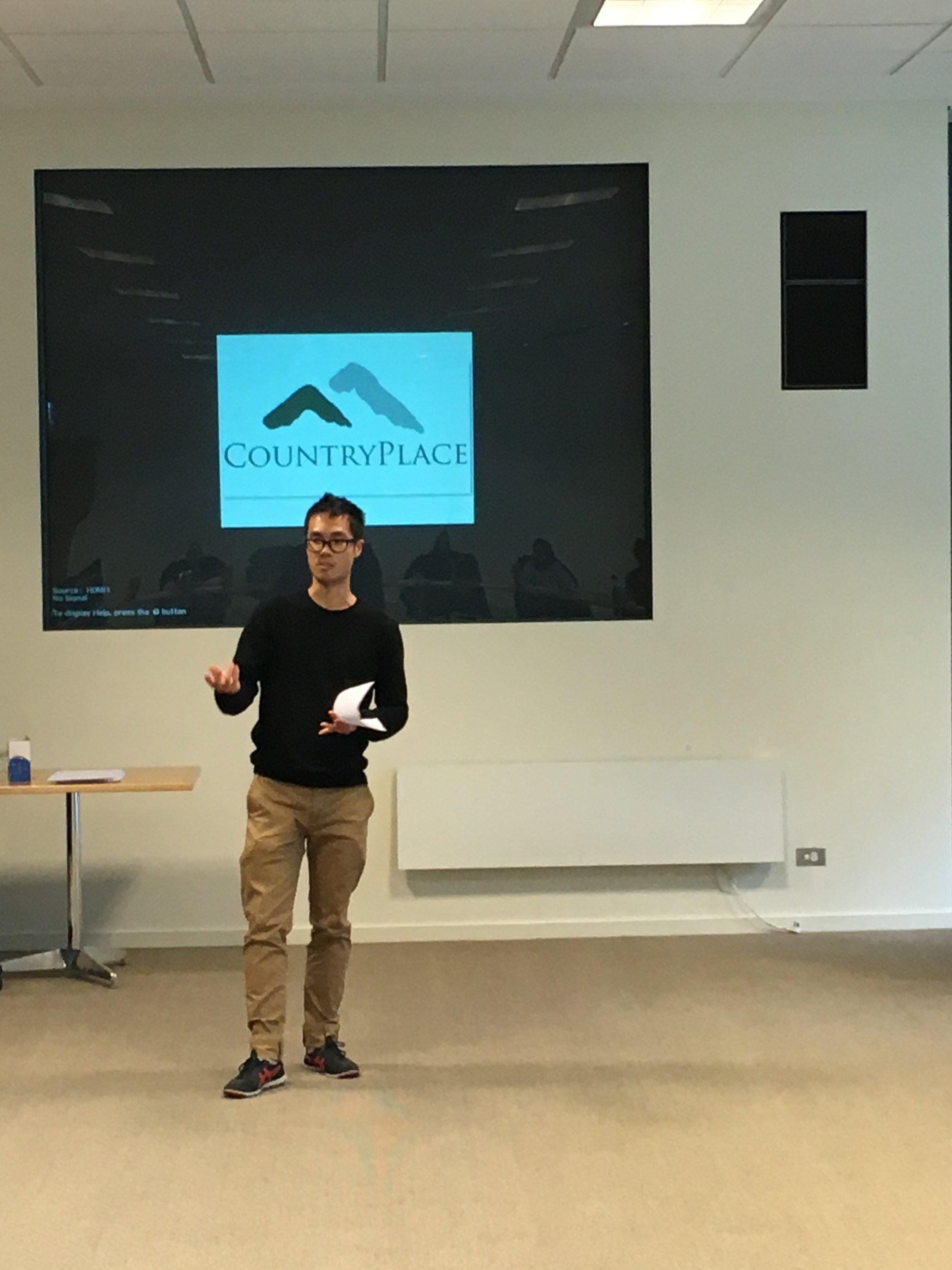kev presenting 3.JPG