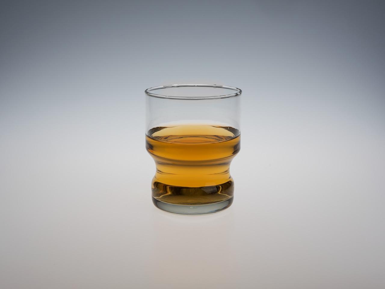 liquor-1496358_1280.jpg