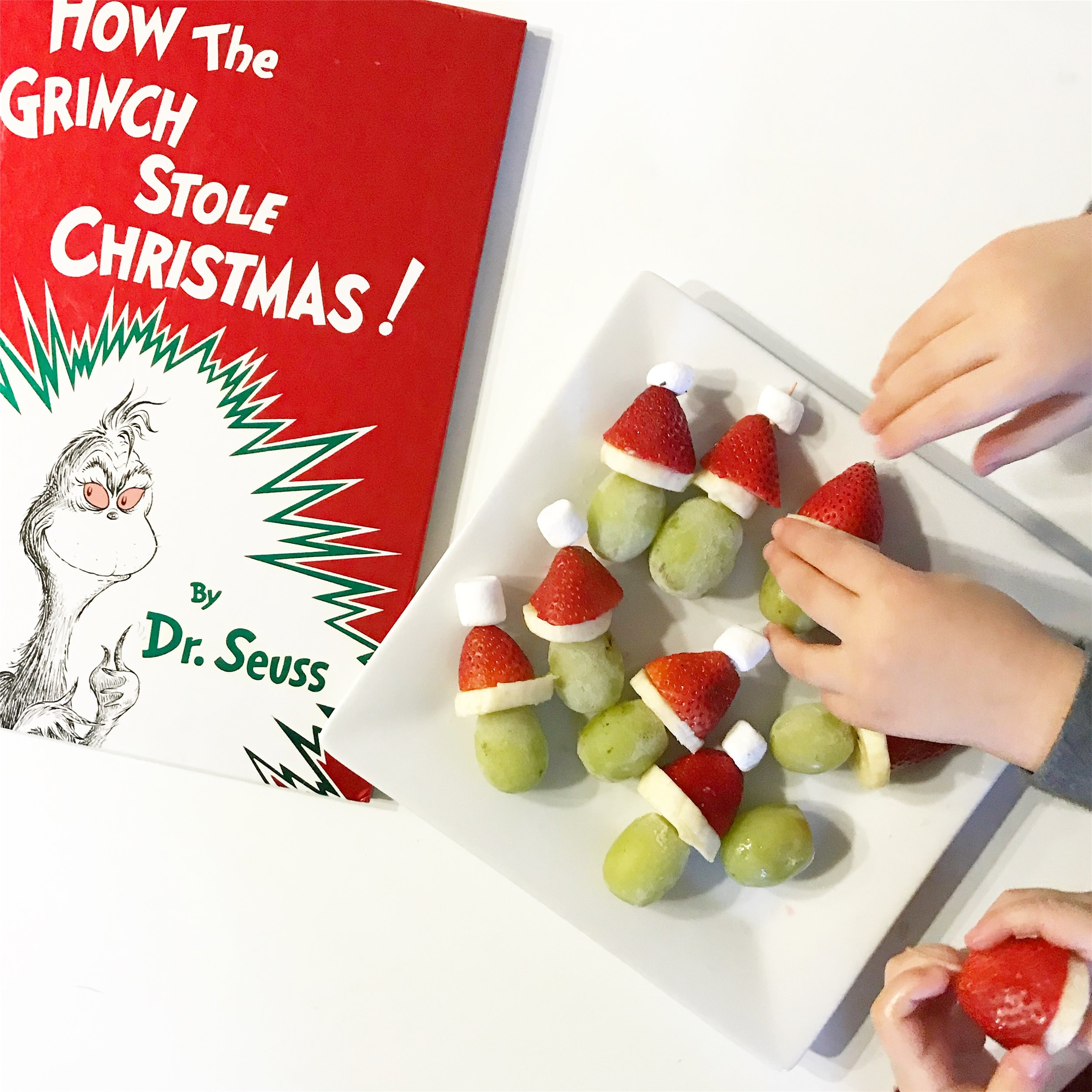 Christmas Grinch Grapes