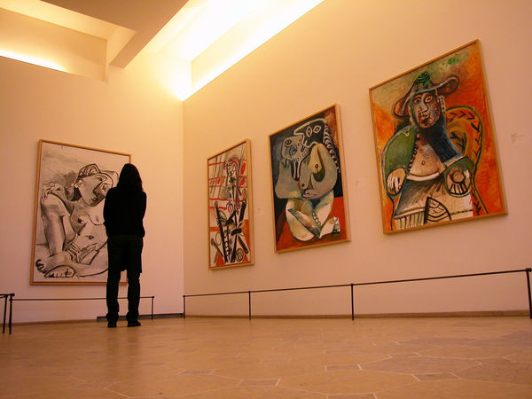 picasso museum - Pablo Picasso was one of the 20th century's greatest artistes, of course! 🎨 Visit this beautiful 17th-century mansion to see his work on display. As he crafted some 50,000 works during his lifetime, the paintings, drawings and sculptures on display are always changing!
