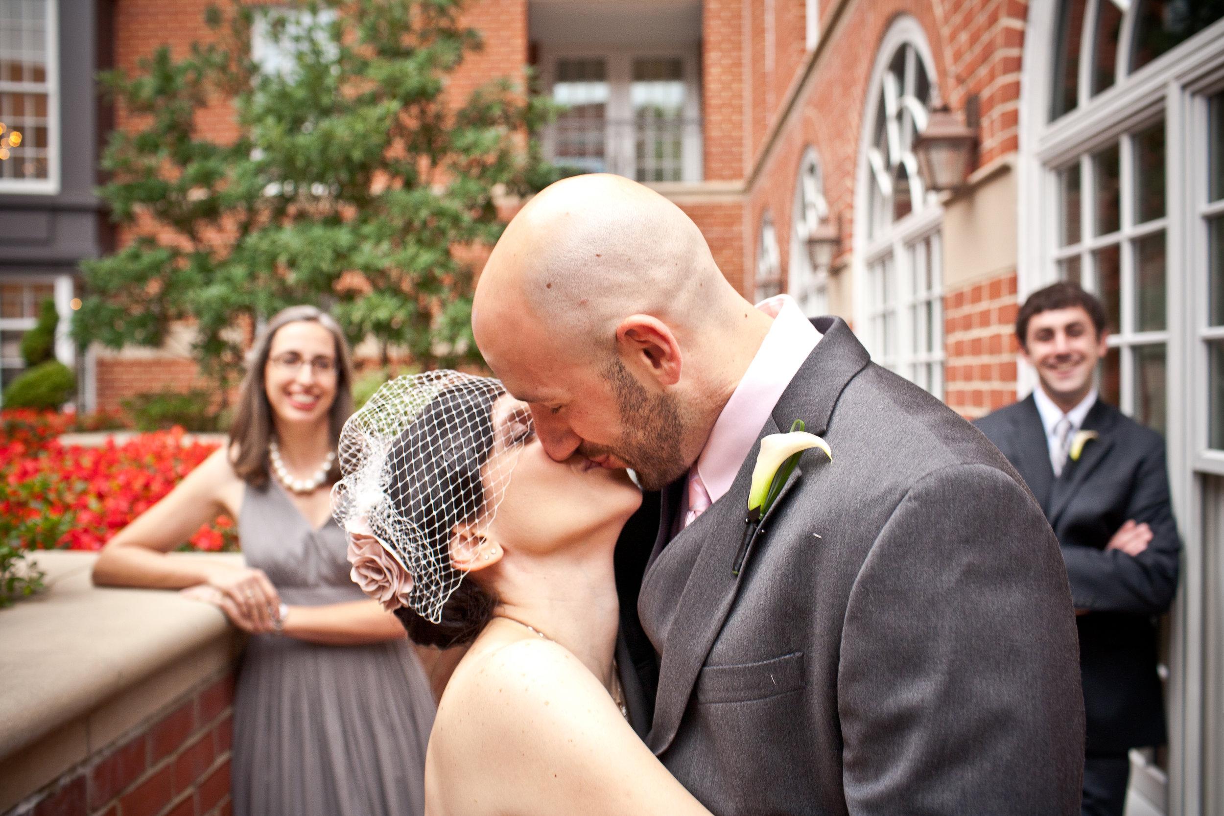 Wedding-Kiss-Virginia.jpg