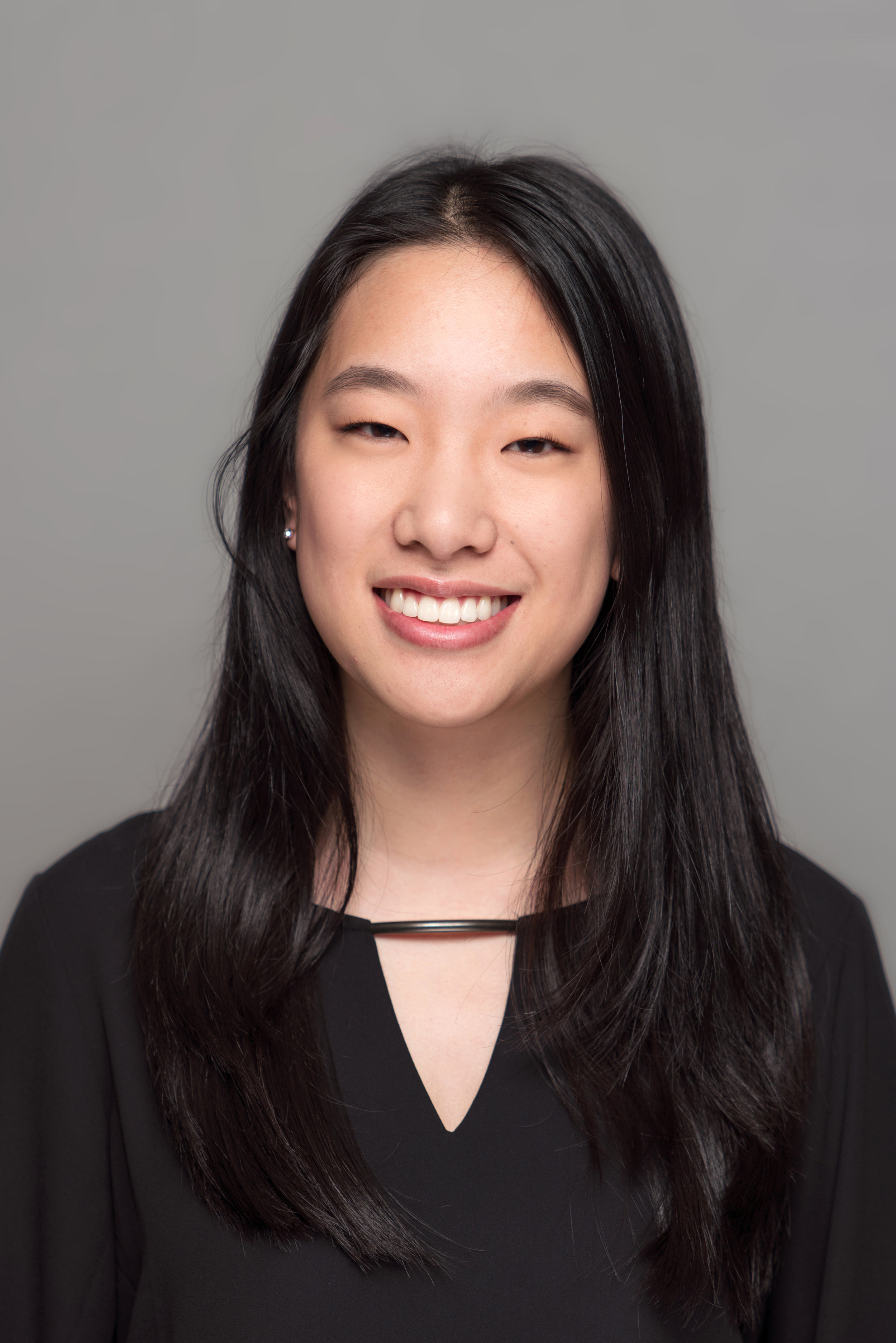Rachel Hu   Major: Biological Sciences   Career Goal: Pediatrician