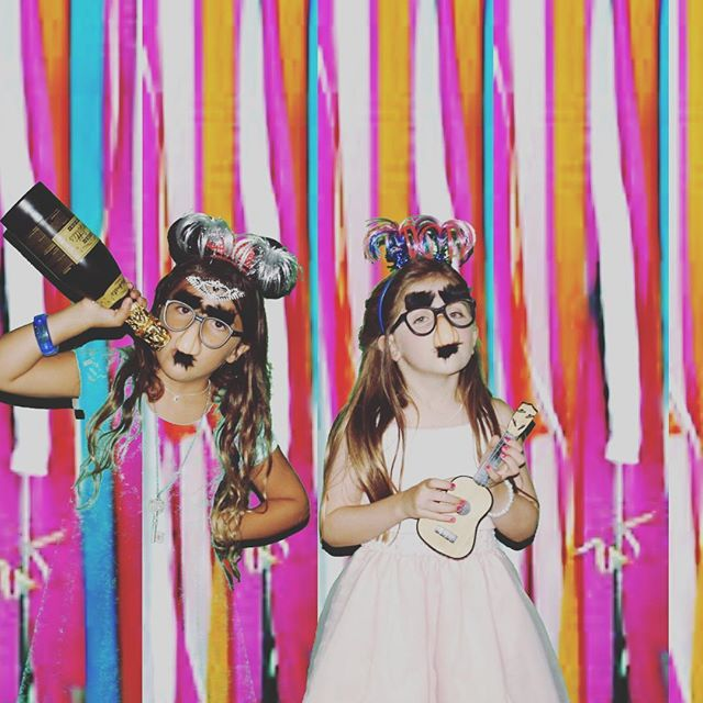 Booking spring photo booths!!! Get in on the fun #tbt#photocatzbypixstar #photocatzfun #greenscreen#sdphotoboothrental #bestphotoboothever