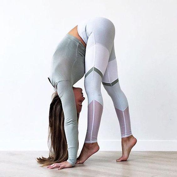 DrZac_Yoga_2.jpg