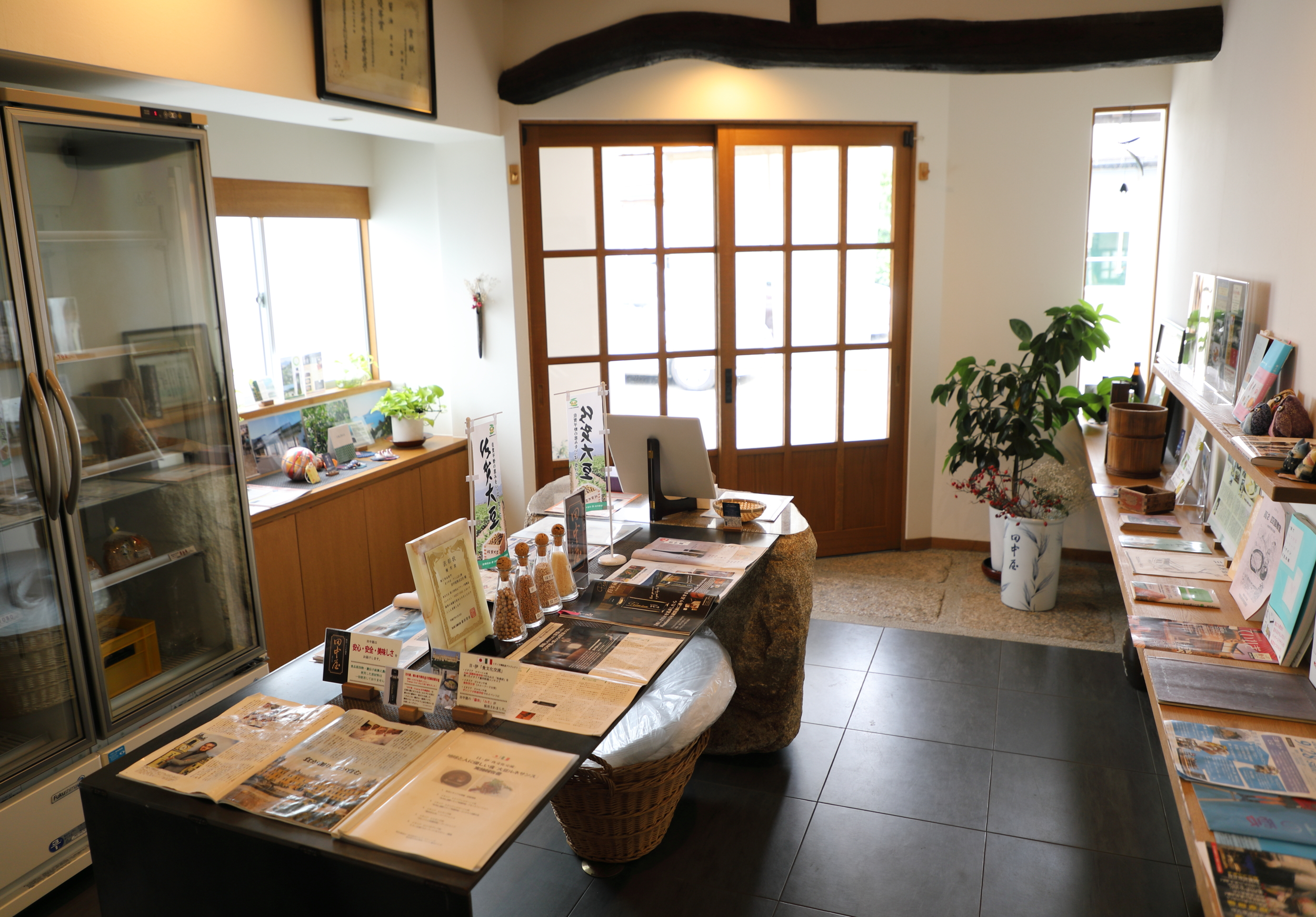 A shop just inside the entrance of the brewery, like this one at Tanakaya, is typical of artisanal soy sauce makers.