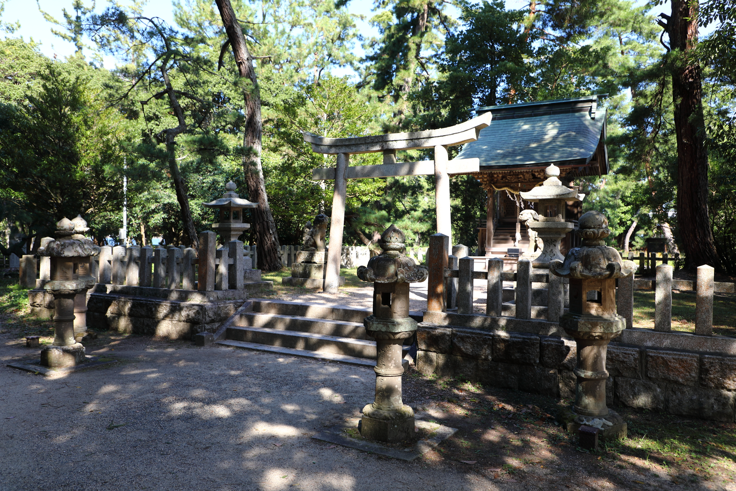 """Amanohashidate Shrine located on the sandbar is considered a """"power spot"""" in part because of its bubbling well of pure spring water despite the nearness of salty sea water on both sides of the sandbar."""