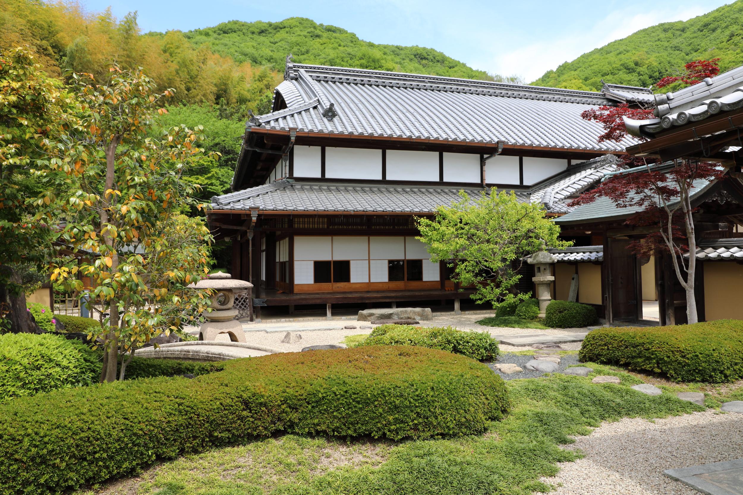 The garden of the Mochizuki house.