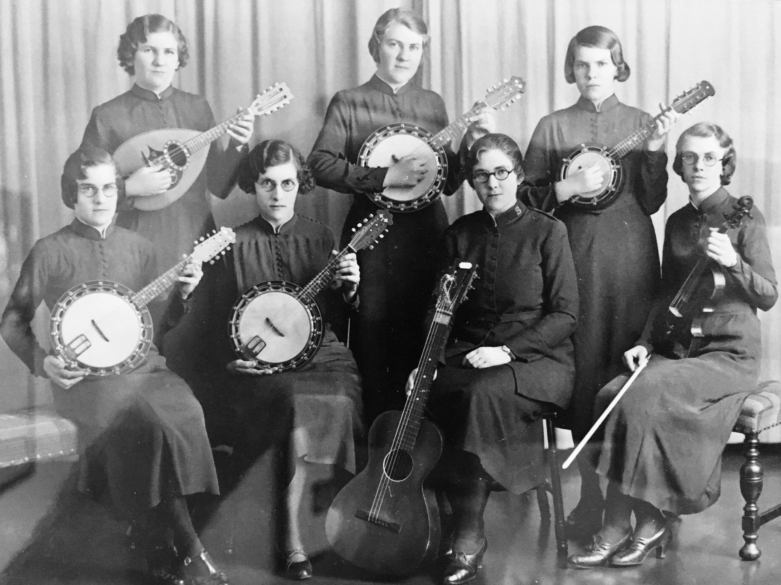 1930s salvation army.jpg