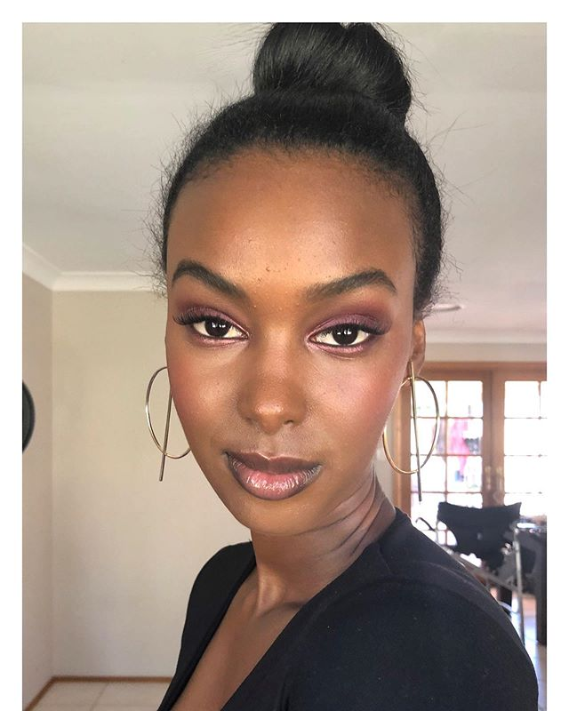 Isn't  @rahelnwatu absolutely divine 🙌🏽 . I was inspired to create this look after watching @pennyantuar masterclass with the @thesecretfoxeducation. Please swipe for before pic. #nofilter . . . . . . . __________________________________________ #prympbeauty #makeupartist #makeup #mua #models #brisbanemodels #brisbanemakeupartist #formalmakeup #makeupartistbrisbane #makeupinspo #brisbanemakeup #makeupbrisbane #naturalglam #goldcoastmakeupartist #gcmakeupartist  #beauty #naturalmakeup  #brisbanebridalmakeup #brisbanemodelling #brisbanephotography #rituelledefille