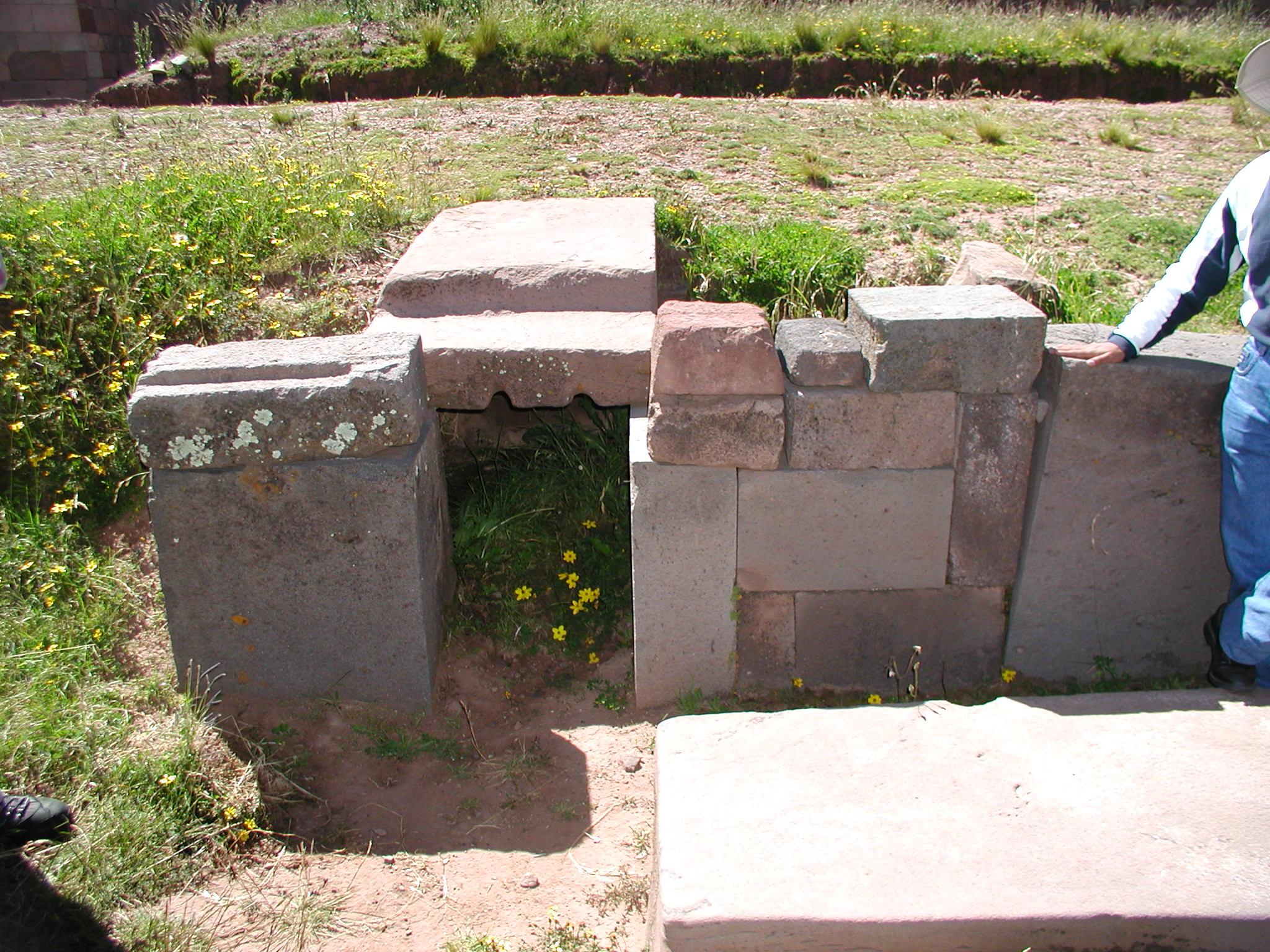 Tomb at Tihuanaco..jpg