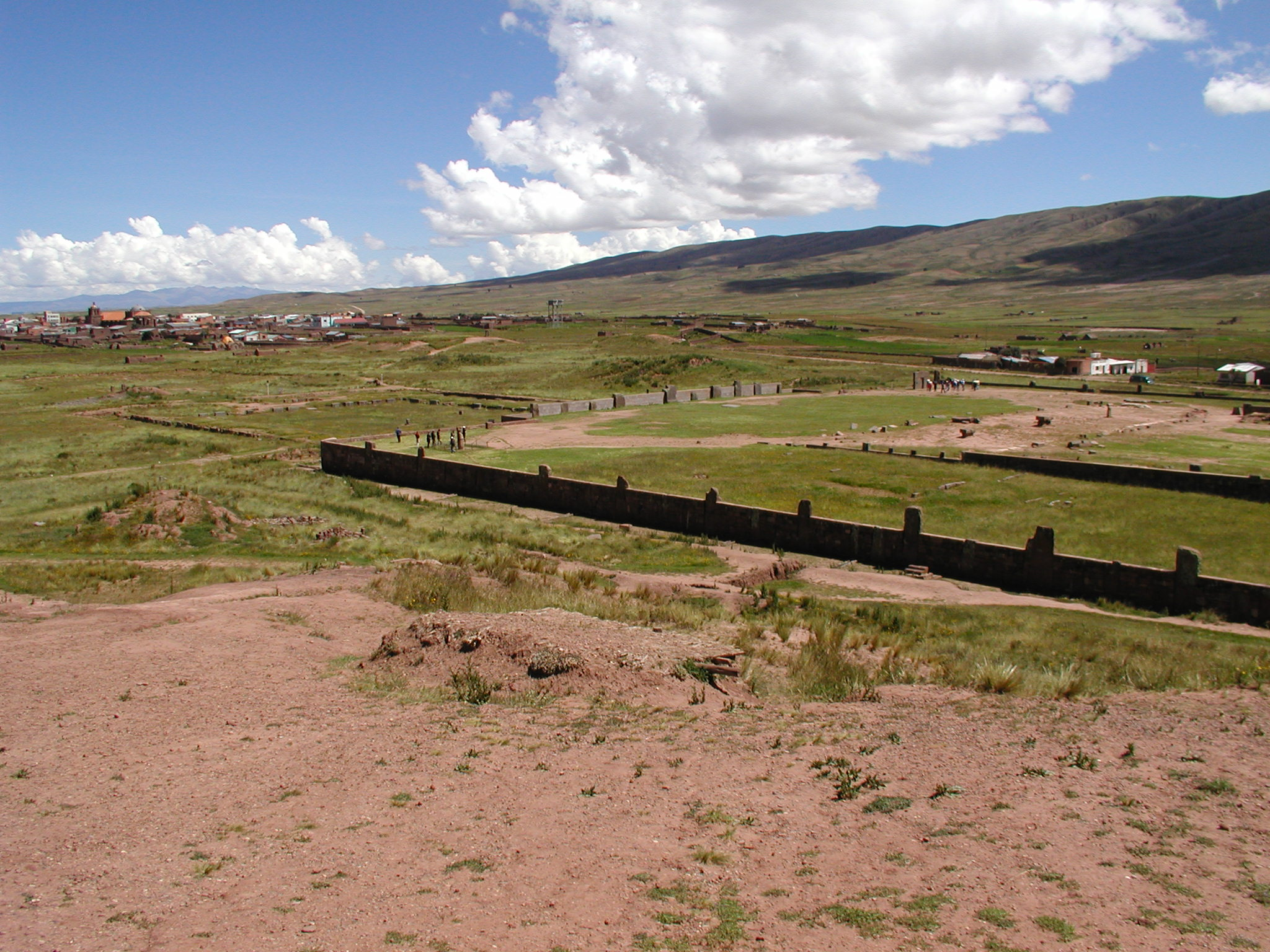 Tihuanaco panorama 1.jpg
