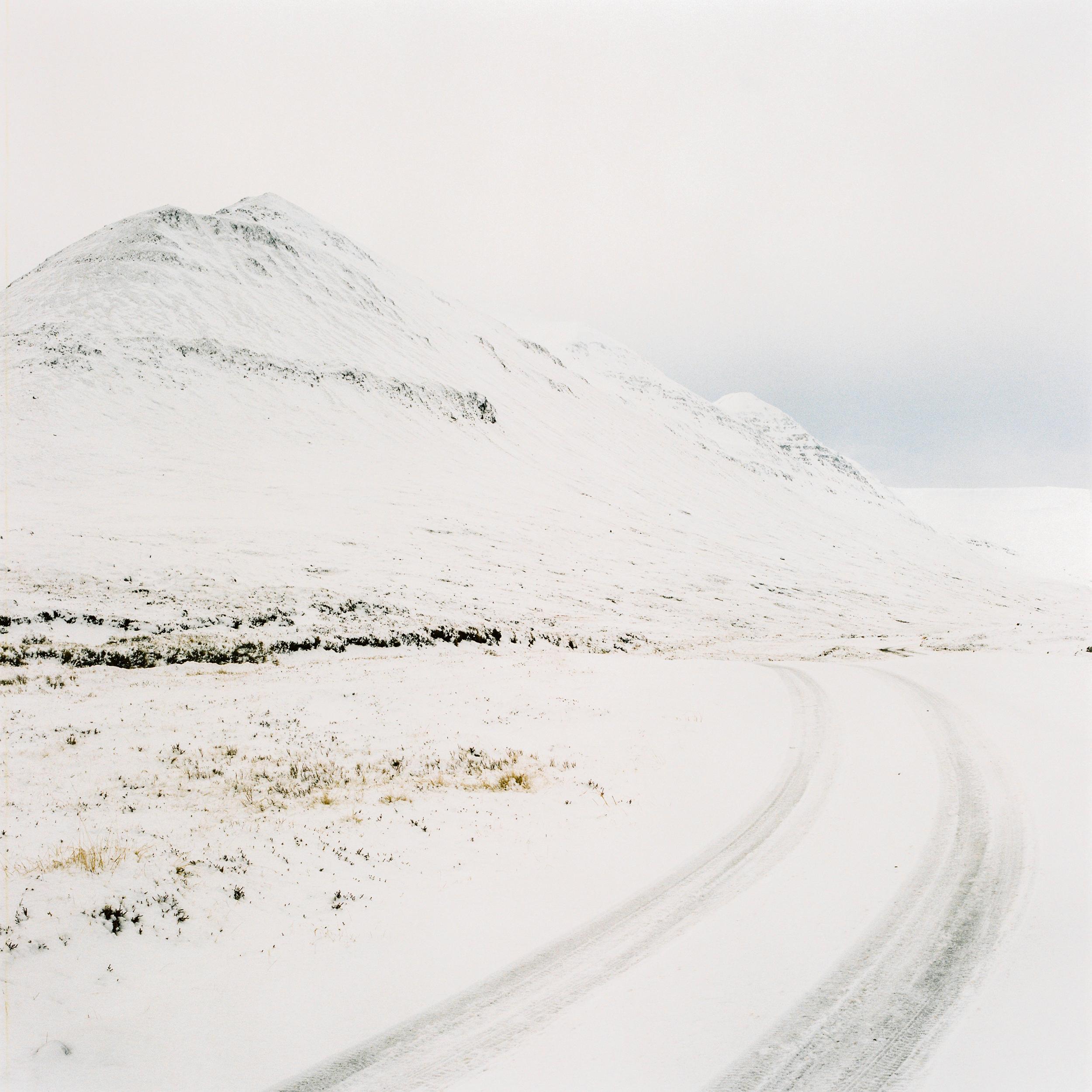 Iceland-Snow-6.jpg