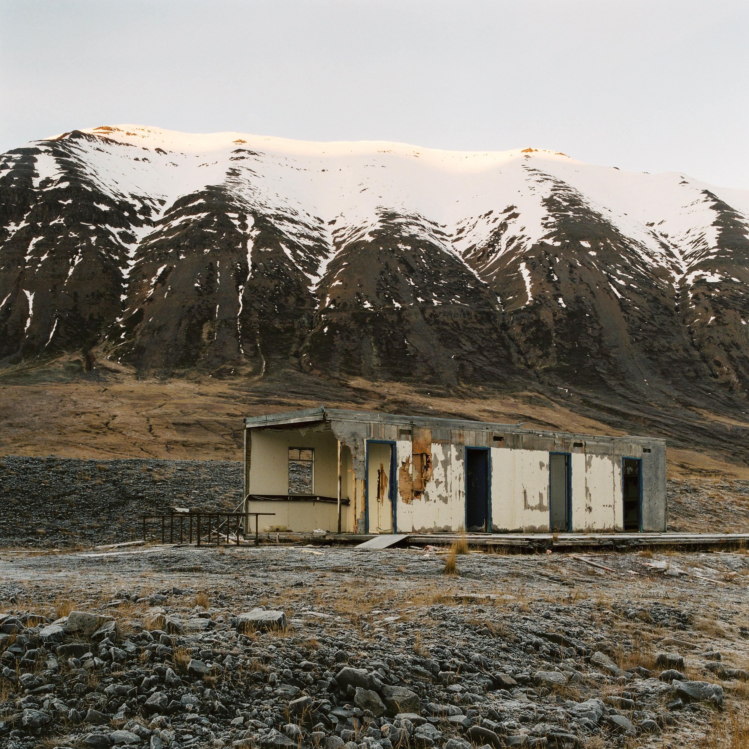 Iceland-Town-12.jpg