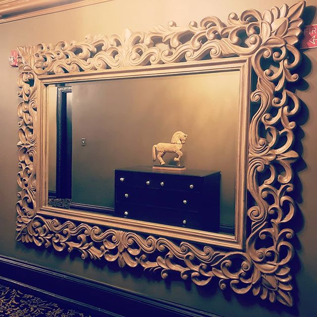 What matters most is what you see in the reflection…  #detroit #hotelstays #detroitclub #staycations #lovehotel