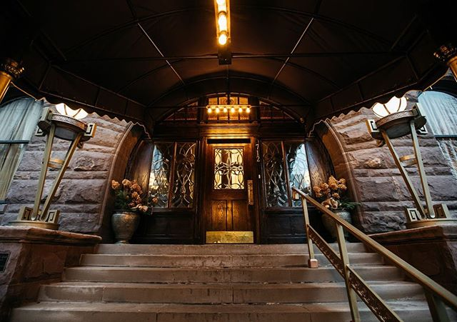 Come in...Chat Awhile.. Sip A Drink...Laugh Often  #detroit #socialclub #luxury #cocktailsanddreams
