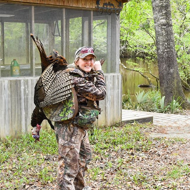 26 lbs, 10.5 inch beard, 1 inch spurs...my personal best 🙌🏼 Back home and reminiscing...I can't wait to share the story of this Tom! I tried getting some GoPro footage but it was mostly of my gun 🤦🏼‍♀️🤷🏼‍♀️ We shall see what I can salvage 😂 . Happy Friday everyone!