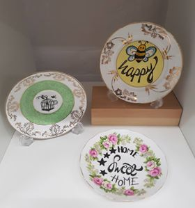 Hand lettered and drawn plates.