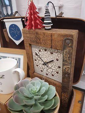 Designate - Scaffold Clock £45
