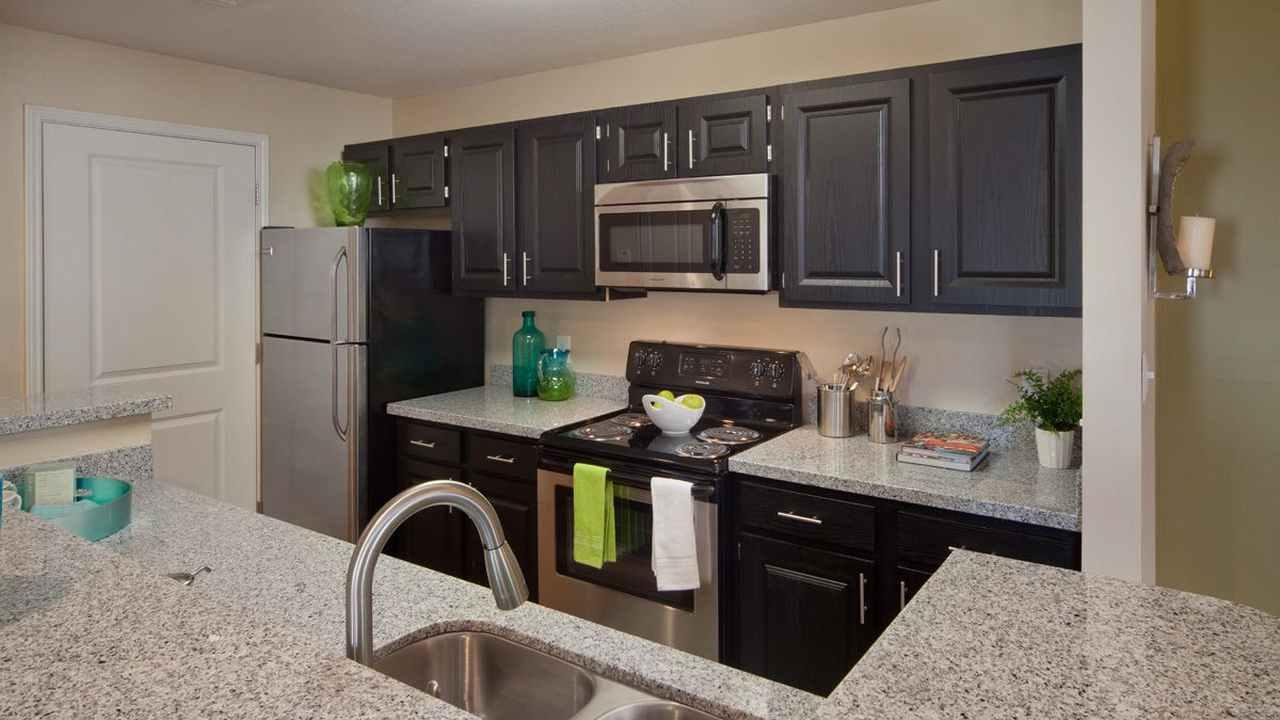 Avenida_Suites_Corporate_Housing_1