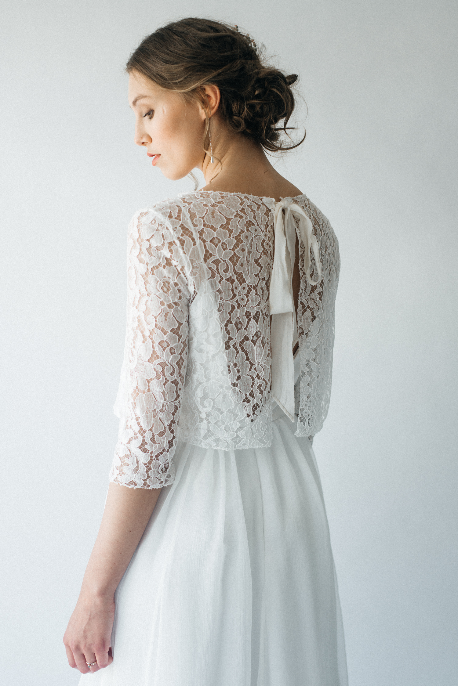 Organic Bridalwear by Claire Headdon // Photography by Olivia Bossert // www.oliviabossert.com // wedding, bride, bridalwear, wedding dress, white dress, lace, organic, handmade, cornwall
