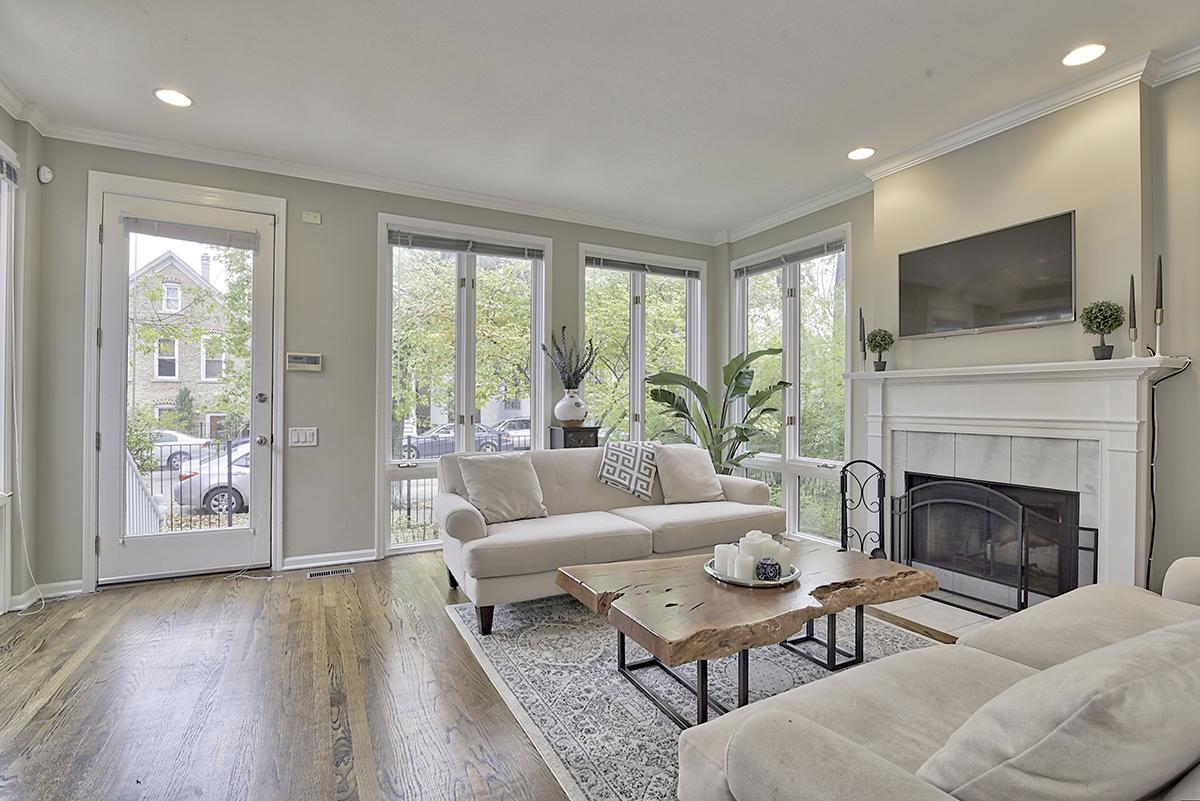 Bucktown living room.