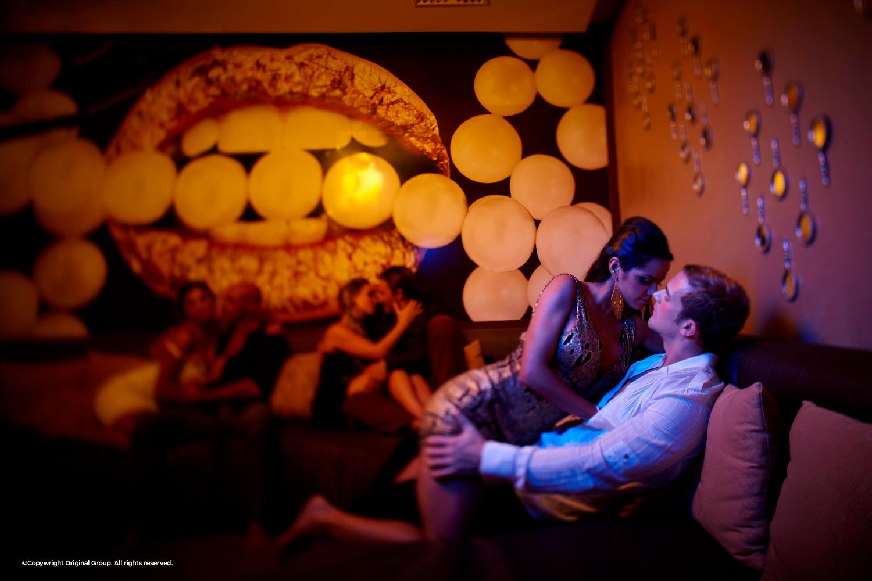 desire-pearl-sin-room-foreplay.jpg