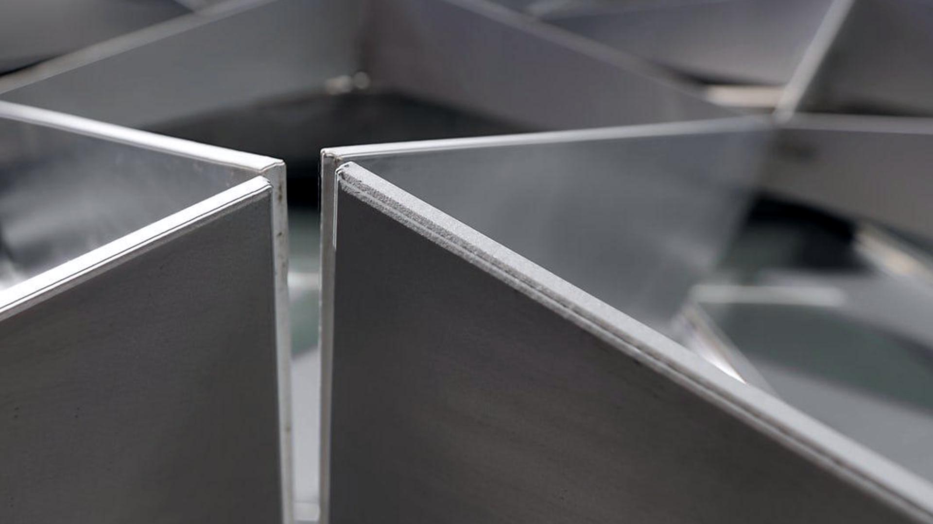 RM Vidrios Aluminios Branding 10.png