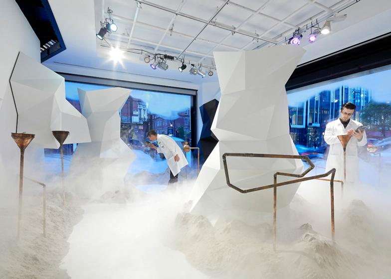 The-Fragrance-Lab-at-Selfridges_dezeen_ss_4.jpg