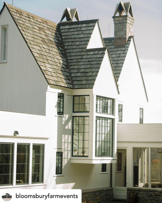 #custom #building #dowhatyoulove • @bloomsburyfarmevents HQ side view @hudsonbuilders @mcalpinehouse @teresa_of_bloomsbury #bloomsburyfarm photo @justinsalemmeyer