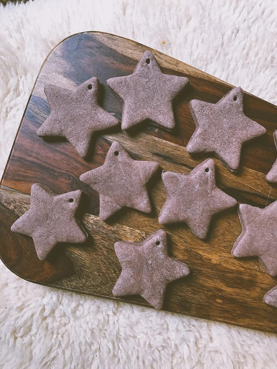 Cinnamon Star Holiday Ornament DIY
