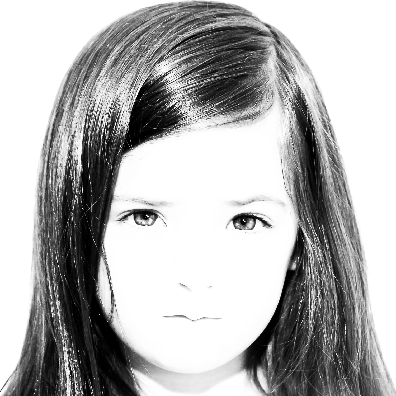 D5.3-Claudia Coker-Victoria.jpg